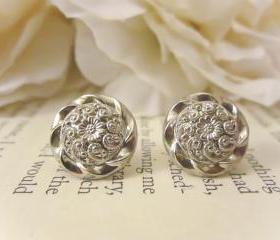 Vintage Button Earrings, Silver Flower earrings, Silver Studs, floral earrings, bridesmaid earrings, free shipping, Spring Wedding