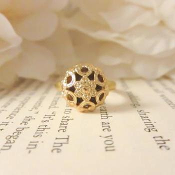 Gold dainty flower adjustable ring, vintage button ring, statement ring, floral, bridesmaid gift, gold plated ring, spring jewelry